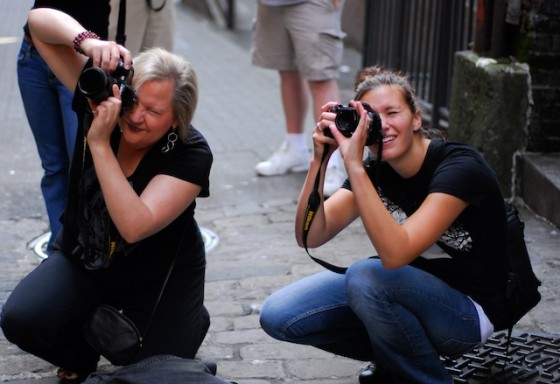 Tour Participants Jennifer and Amanda - Photo by Shutter Tours Guide, Valentina Vitols Bello